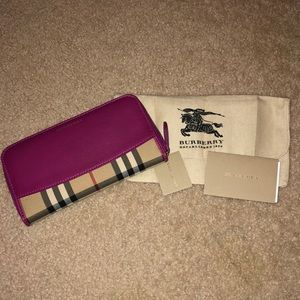 🌸🌼BURBERRY 🌸🌼Check Zip Around Wallet